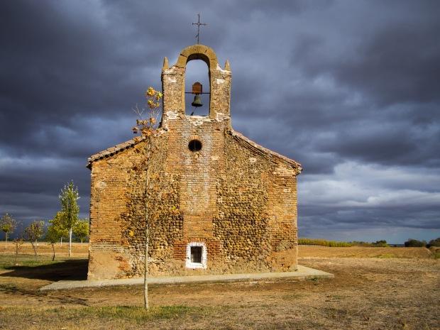 Day 18: Terradillos de los Templarios to El Burgo Ranero (Ermita de Nuestra Señora de Perales)
