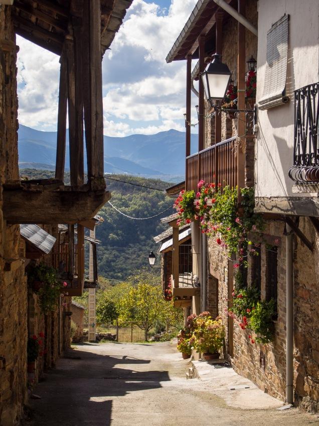 Day 24: Rabanal del Camino to Molinaseca (Riego de Ambrós)