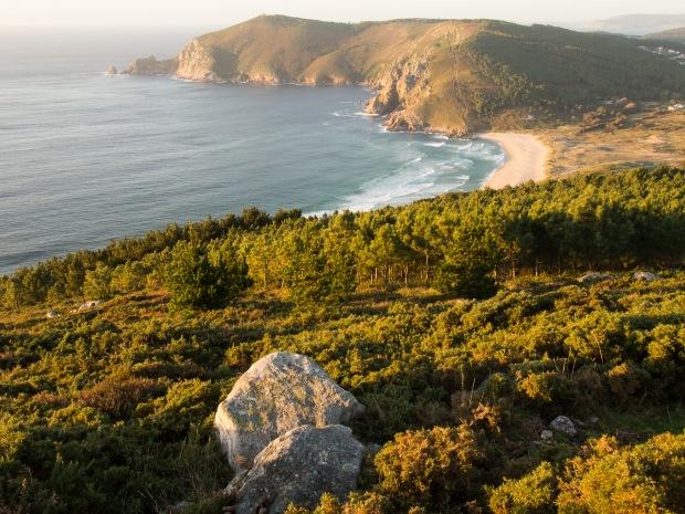Day 37: Corcubión to Finisterre (Praia do Mar de Flora)