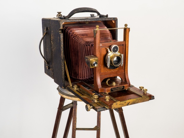 "R. B. Cycle Graphic 5"" x 7"" field camera with Cirkut attachment."