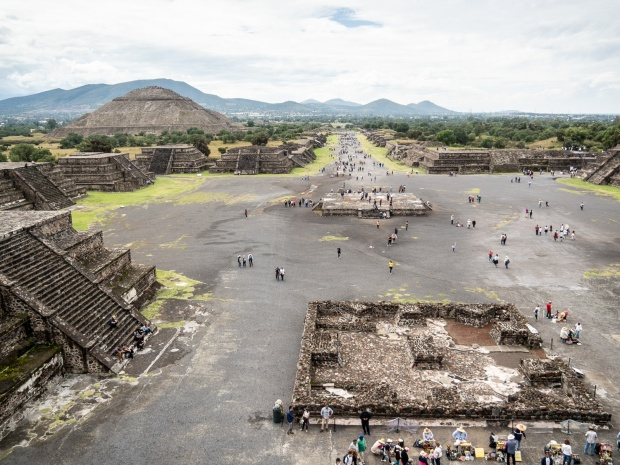 Looking down Avenue of the Dead from Pyramid of the Moon.