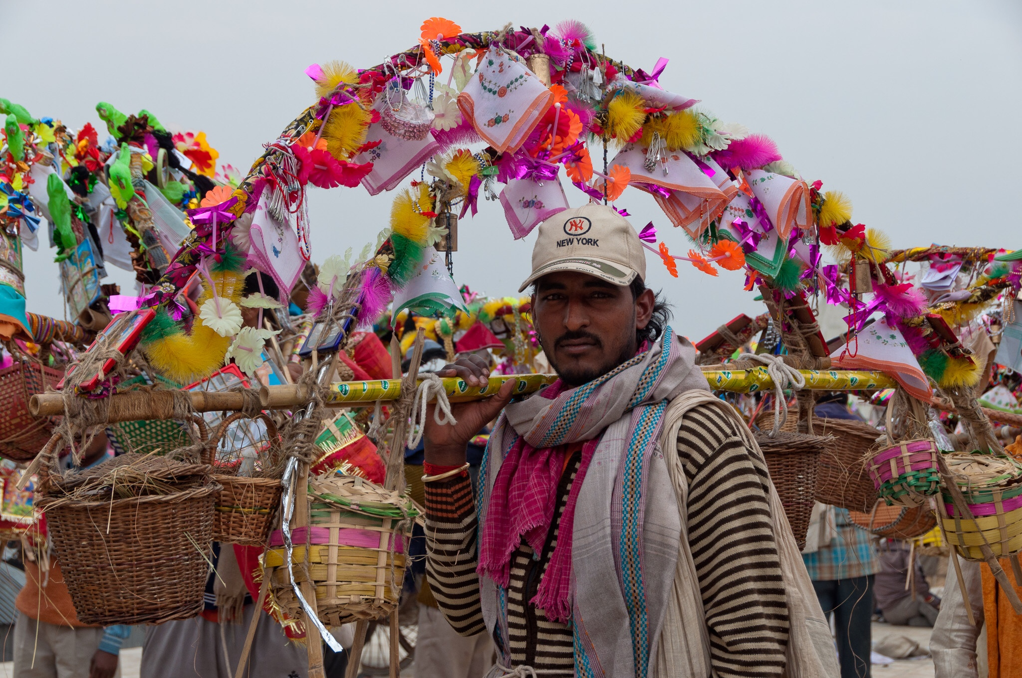 Pilgrim with kanwar, Garhmukteshwar, India, 2011
